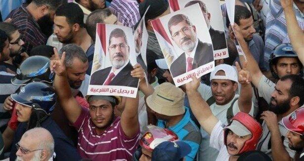 Mısır da yeni anayasaya büyük tepki