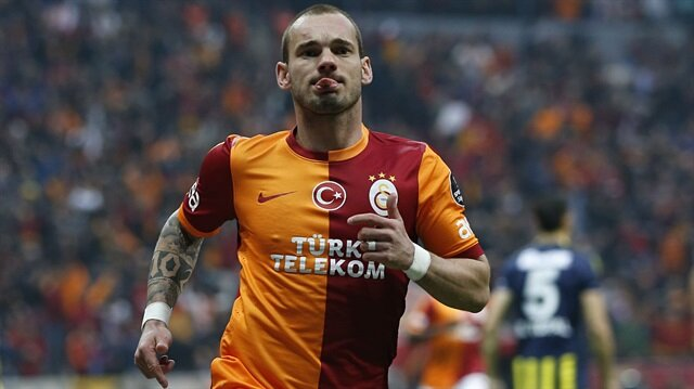 Sneijder'e astronomik teklif!