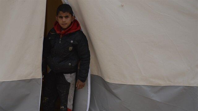استمرار نزوح السوريين باتجاه الحدود التركية