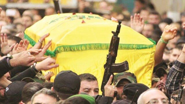 İran askerleri tabutta dönüyor