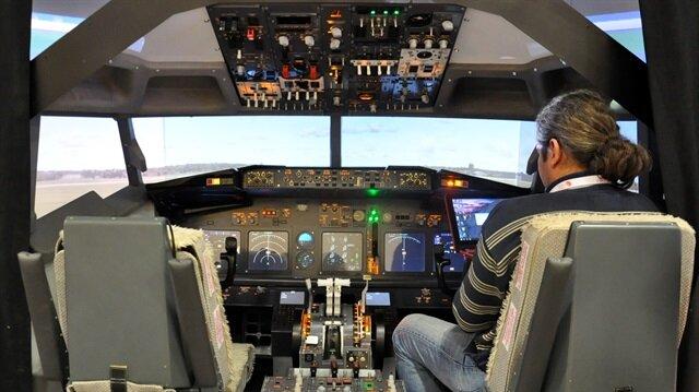 Kokpitteki PKK yazısı uçağı boşalttırdı