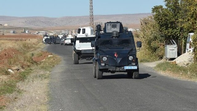 Polis aracına saldırı: 1 şehit