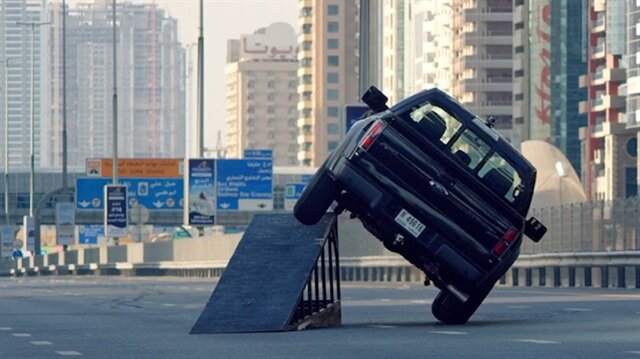 Ken Block'dan Dubai sokaklarında müthiş gösteri