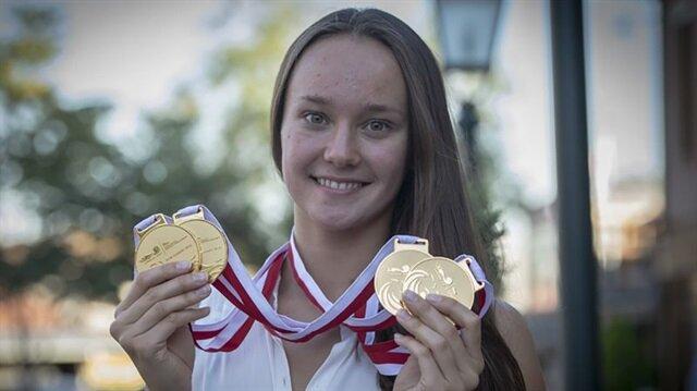 Milli yüzücü Zeynep'ten altın madalya