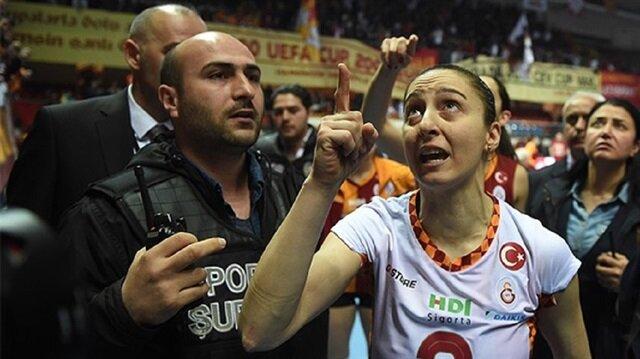 Galatasaray maçında ortalık karıştı