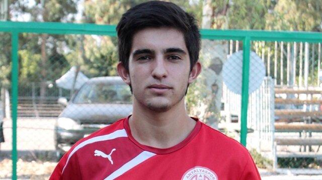 Antalyasporlu Mesut Sarıkaya hayatını kaybetti