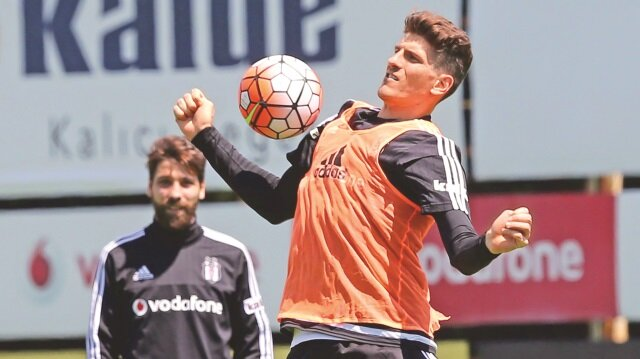 Mario Gomez'in <br/>son talibi Arsenal