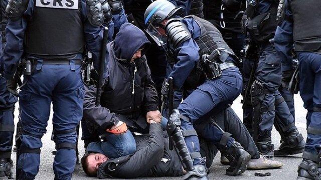 Fransa'da bin 961 protestocuya gözaltı