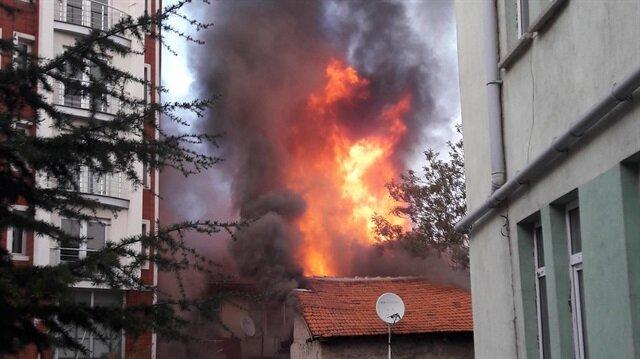 Kütahya'da 3 katlı binada patlama
