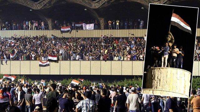 Sadr yanlıları parlamento binasına girdi