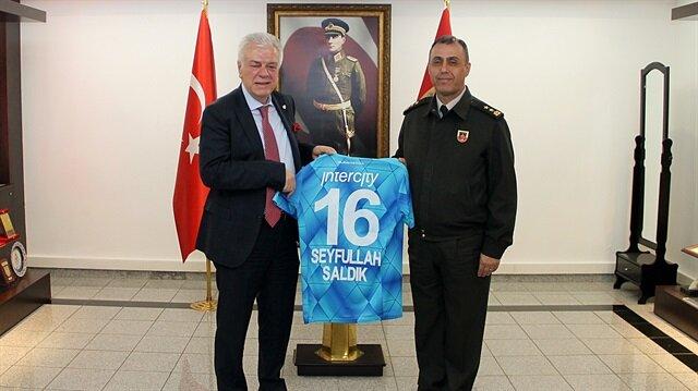 Bursaspor'dan 'Özel' ziyaret