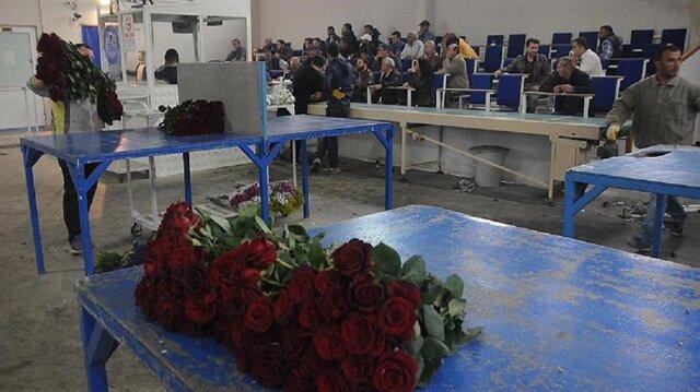 Çiçek sektörü fazla mesaiye başladı