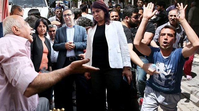 Sur'da HDP'li vekillere büyük tepki
