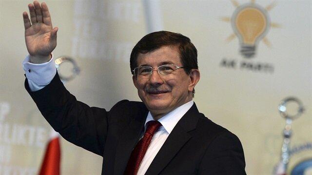 Başbakan Davutoğlu'nun son imzası Maarif Vakfı'na
