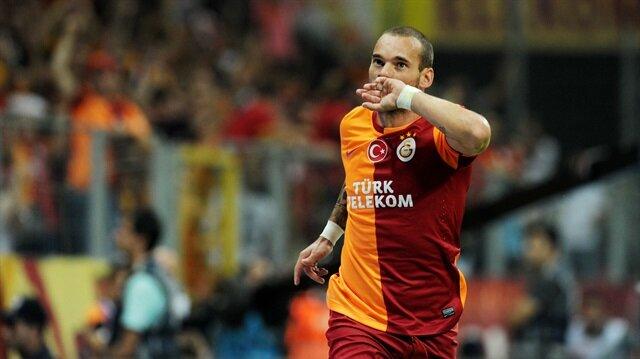 Sneijder'e <br/>dev talip