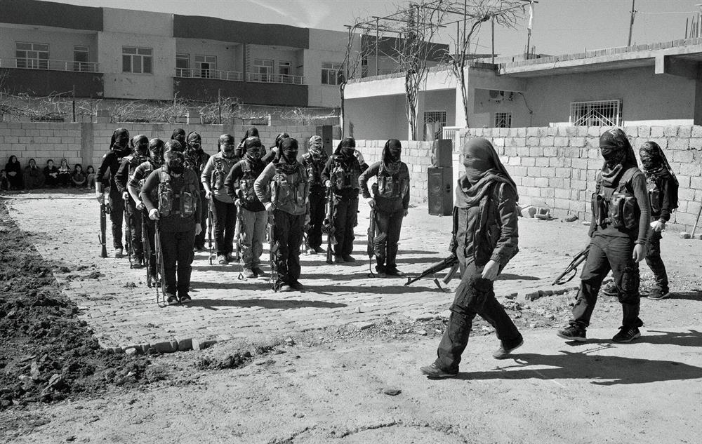 Nusaybin'deki kadın teröristler.