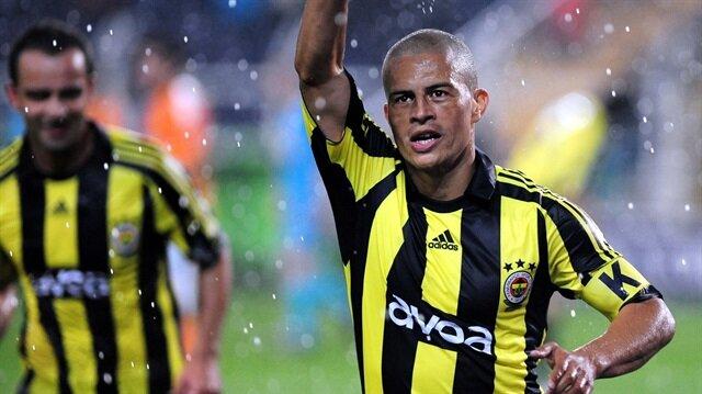 Alex de Souza'dan <br/>şaşırtan transfer