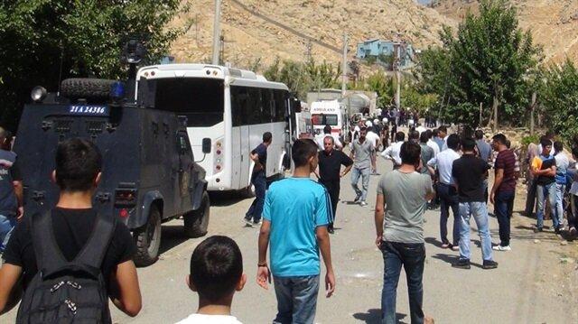 Silvan'da PKK'nın karayoluna tuzakladığı patlayıcı imha edildi