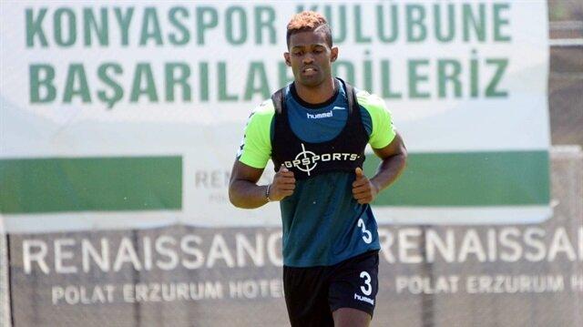 Konyaspor'da Dossa Junior satış listesinde
