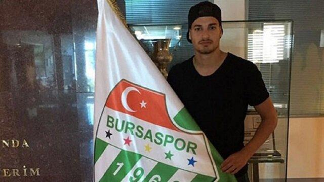 Bursaspor'un yeni golcüsü Özlüce Tesisleri'nde