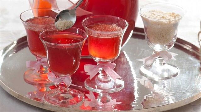 Bayram misafirlerinizi hayran bırakacak içecek sunumları