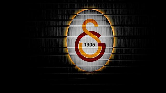 Galatasaraylı sporcu bıçaklandı