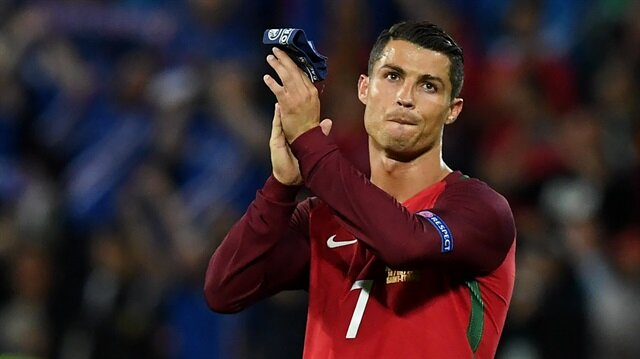 Ronaldo'ya<br/>büyük onur
