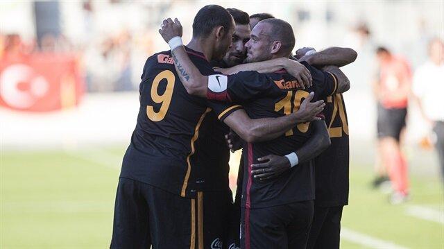 Galatasaray'da <br/>4 kadro dışı