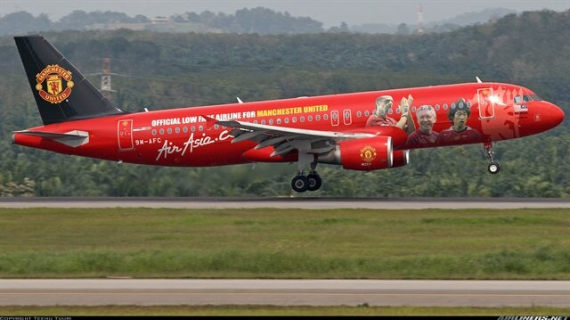 Manchester United <br/>Çin'de kayboldu