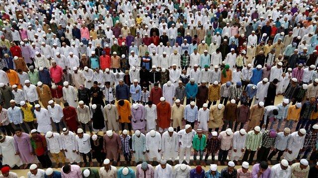 Dünya Müslümanları Türkiye için tek yürek
