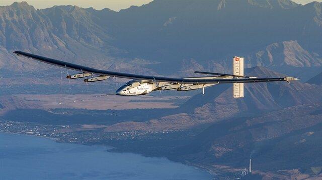 Güneş enerjisiyle çalışan uçak Solar Impulse 2 dünya turunu tamamladı.