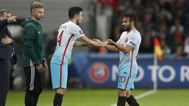 'ManU'dan milli <br/>futbolcuya teklif'