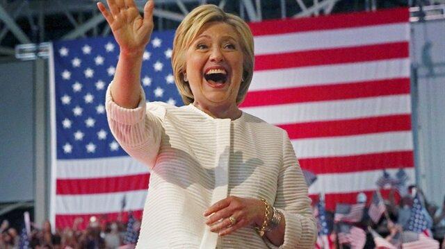 ABD Basını: FETÖ Clinton'a milyon dolarlar harcadı