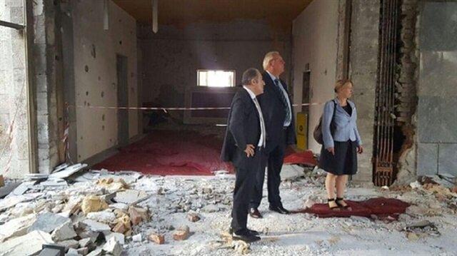 Alman Büyükelçi tahribatı gözleri ile gördü