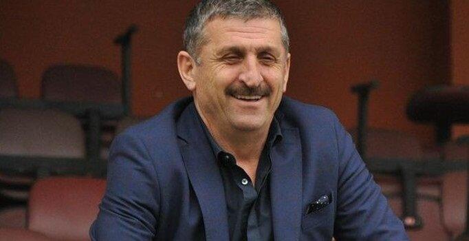 Zeki Öztürk'ün, kulübün sitesinde sadece yönetim kurulu üyesi olarak tanıtıldığı görüldü.