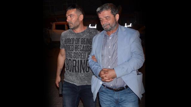 Mümtazer Türköne tutuklandı