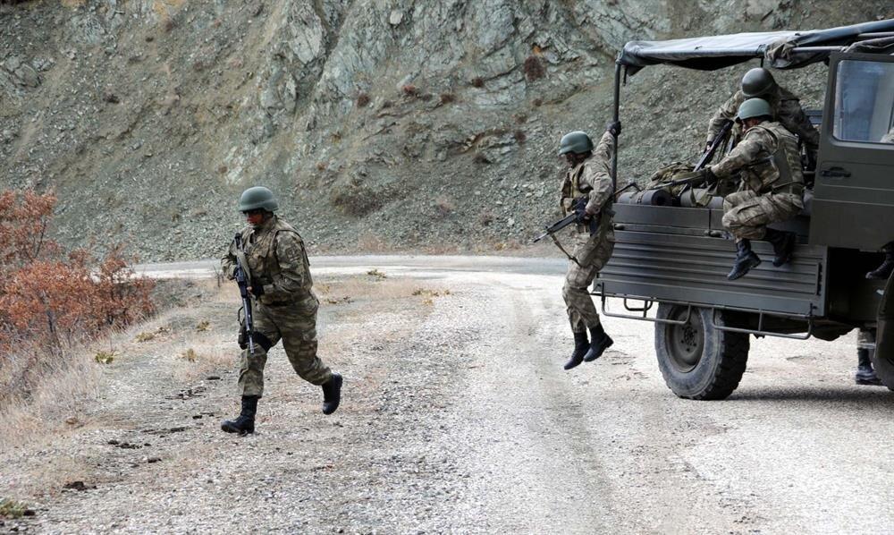 Türkiye genelinde pek çok terör operasyonunda başarıyla görev alan 'Boralar' timi operasyonunu sürdürüyor.