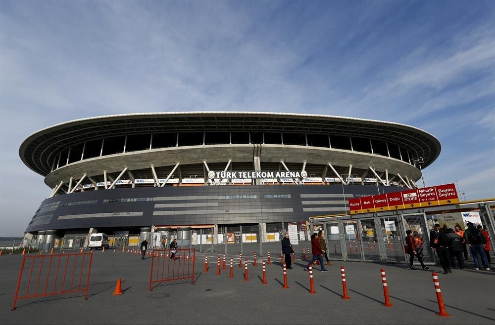 Galatasaray'ın stadı Türk Telekom Arena, Süper Lig'de mücadele eden takımların stadyumları arasında en yüksek kapasiteye sahip durumda.