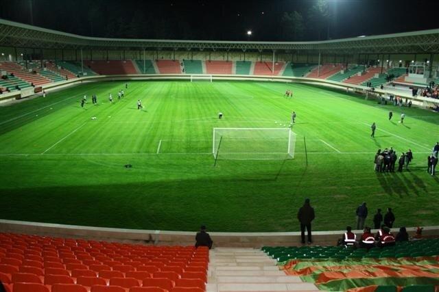 Alanya Oba Stadyumu ligin en az kapasiteli stadı olacak.