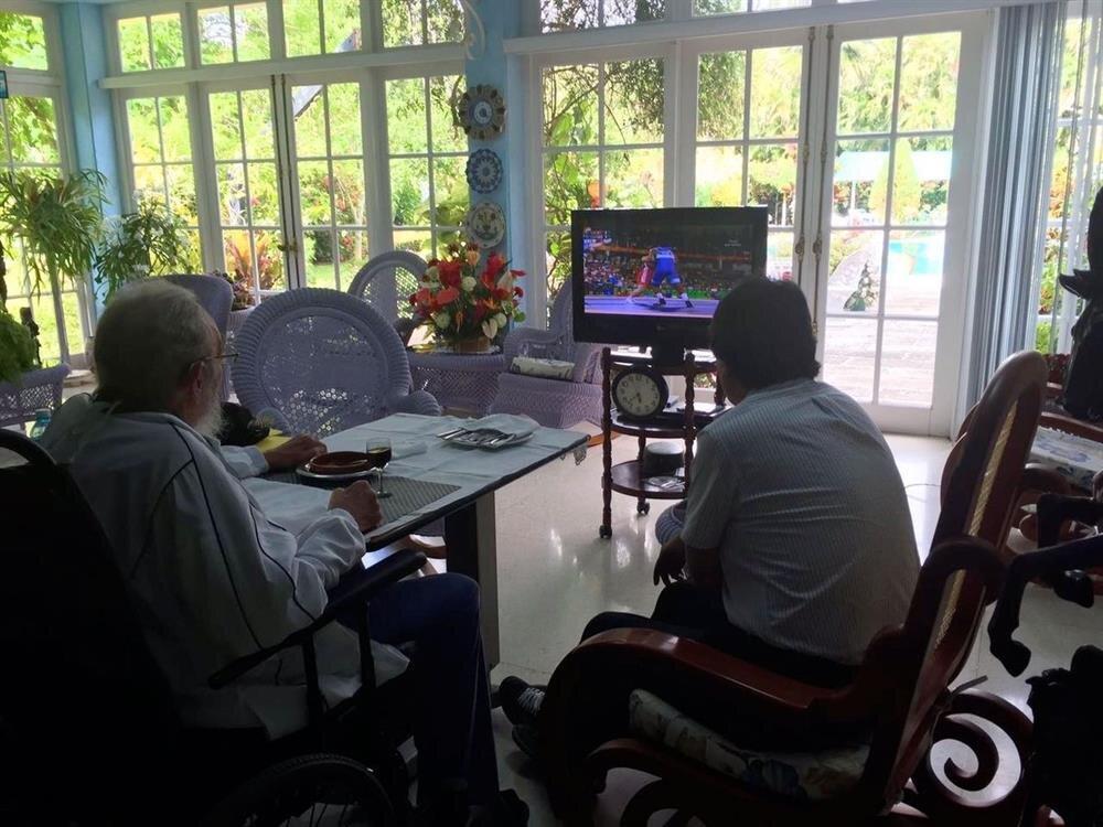 Fidel Castro, Rıza Kayaalp'in final maçını izlerken...