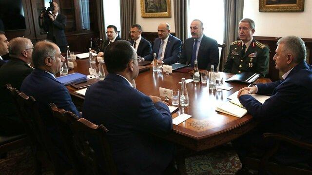 Başbakan, Akar ve Fidan'la görüştü