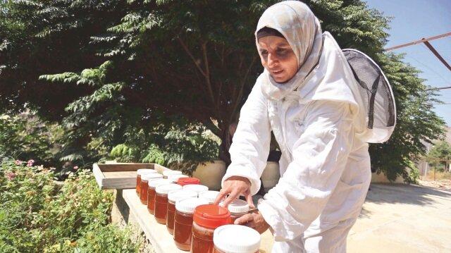 Filistinli kadınlar arıcılığı keşfetti