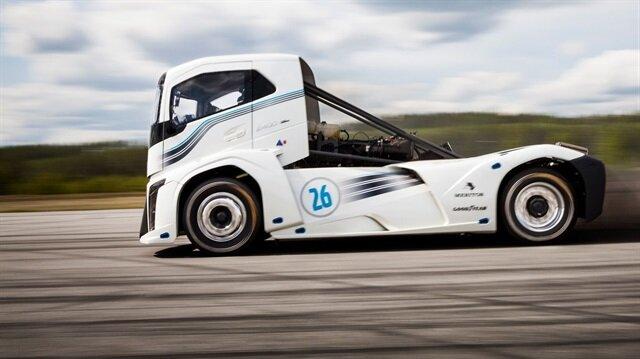 İşte dünyanın en hızlı kamyonu