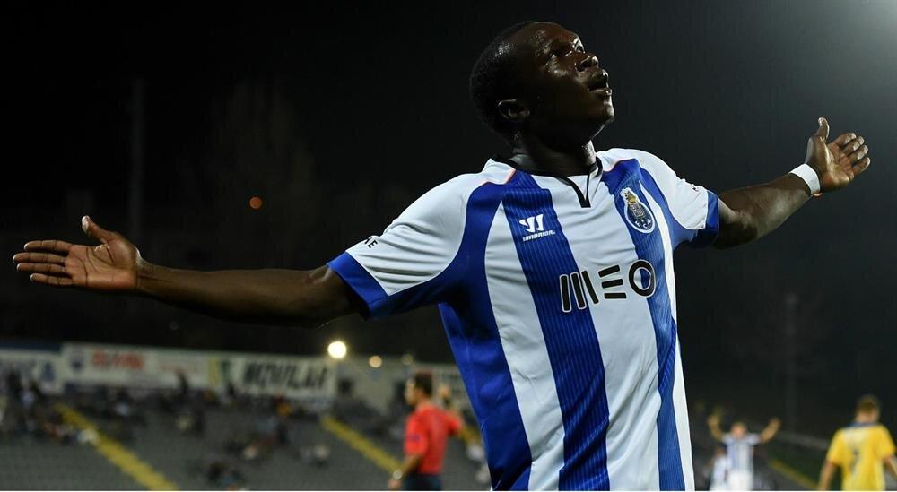 Aboubakar geçtiğimiz sezon Porto'da 42 resmi maçta 18 gol attı 3 de asist yaptı.