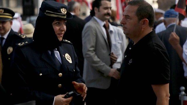 لأول مرة في تاريخ الجمهورية.. شرطية محجبة تظهر في احتفالات