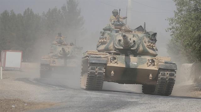 Suriye'de 32 köy teröristlerden temizlendi