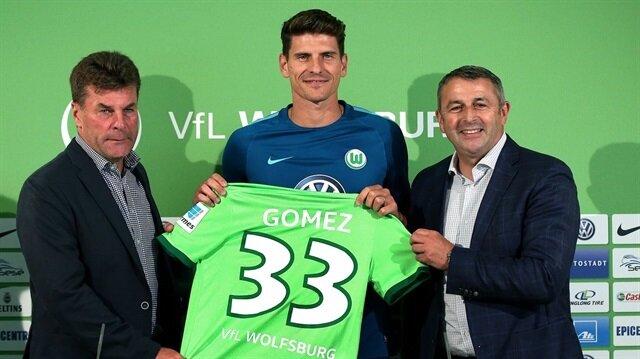 Türkiye'deki politik nedenleri bahane ederek Beşiktaş'tan ayrılan Mario Gomez, Wolfsburg'a transfer olmuştu.