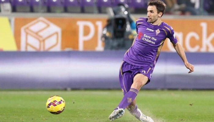 2014 yazında Fiorentina'ya 4 milyon euro bonservis bedeliyle transfer olan Milan Badelj, geçen sezon 'Mor Menekşeler'le çıktığı 35 maçta 1 gol kaydederken 2 de asist yaptı.