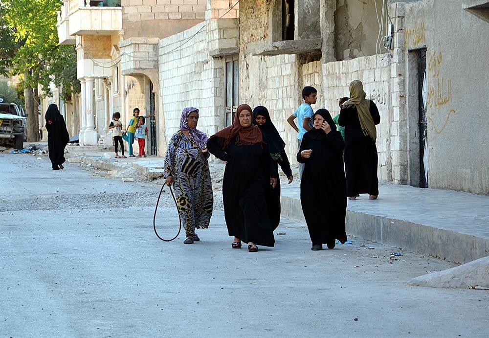 Cerablus'ta yaşayan kadınlar, bölgenin DAEŞ'te temizlenmesinden memnun.