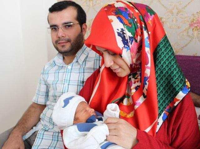 Anne Semra Demir ise darbe girişiminden önce farklı bir isim düşündüklerini ancak sonrasında fikirlerinin değiştiğini söyledi.